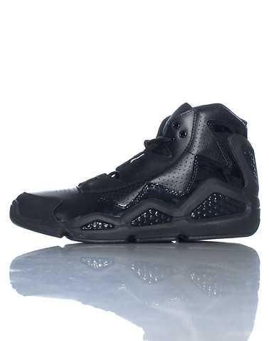 REEBOK BOYS Black Footwear / Sneakers 5Y