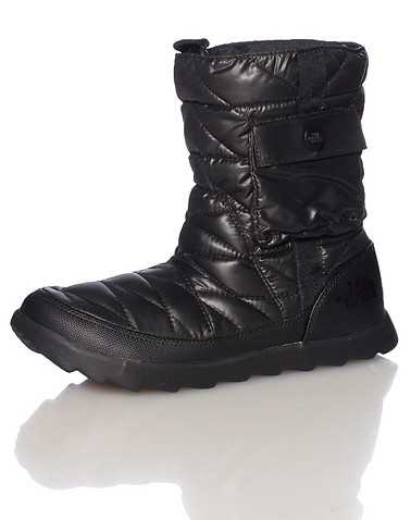 THE NORTH FACE WOMENS Black Footwear / Boots 7