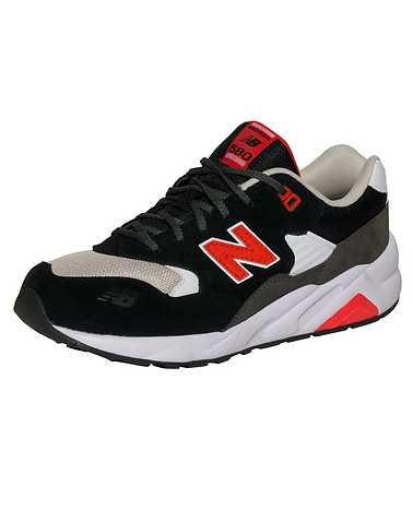 NEW BALANCE BOYS Black Footwear / Sneakers