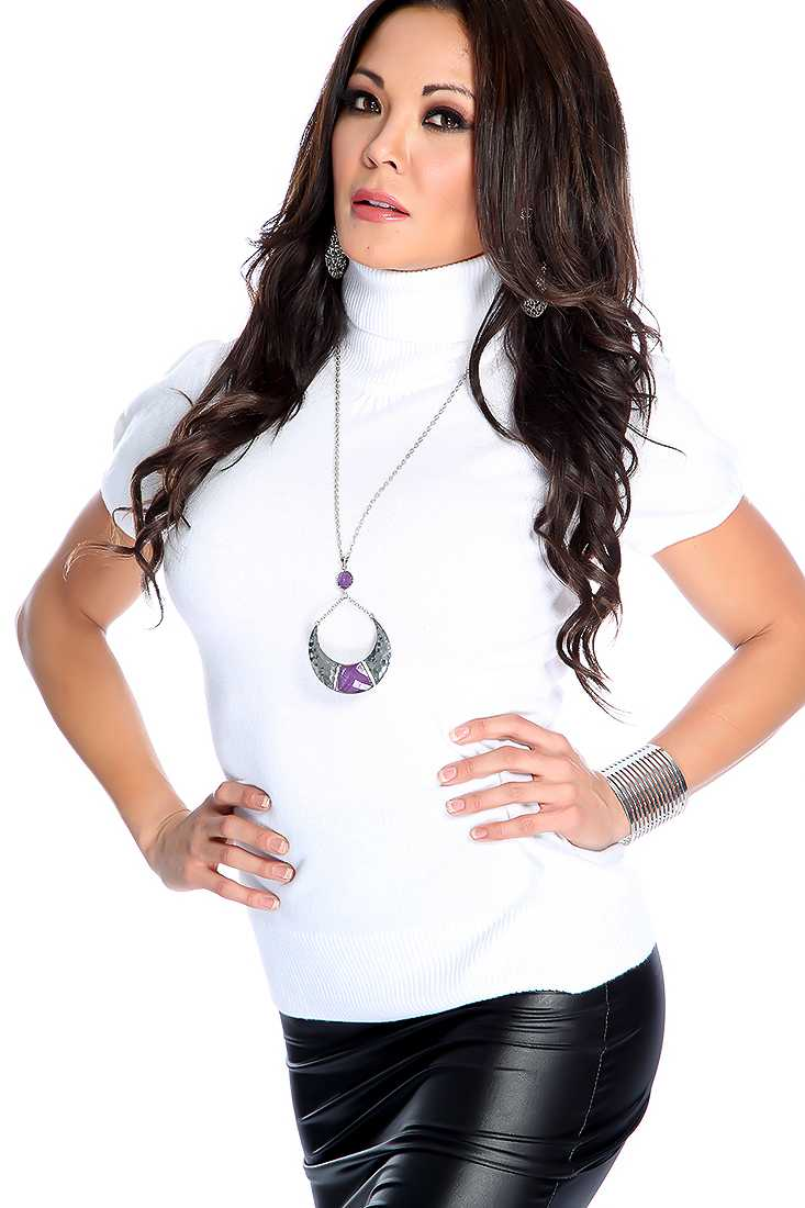 White Short Sleeve Turtle Neck Casual Top