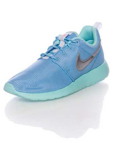 NIKE GIRLS Medium Blue Footwear / Running 4Y