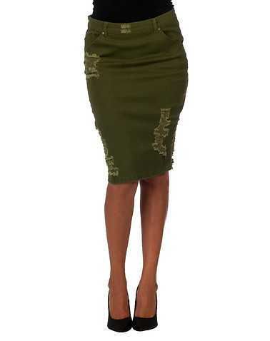 LA BELLE ROC WOMENS Green Clothing / Skirts 3/4