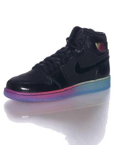 JORDAN GIRLS Black Footwear / Basketball 6Y
