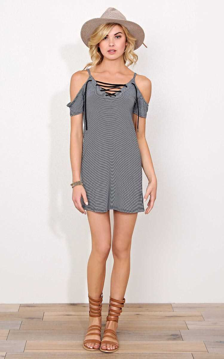 Between The Lines Laceup Knit Tunic - - Black/White in Size by Styles For Less