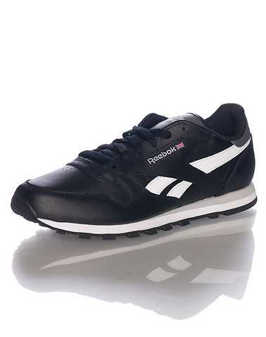 REEBOK BOYS Black Footwear / Sneakers
