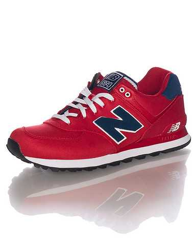 NEW BALANCE MENS Red Footwear / Sneakers 10
