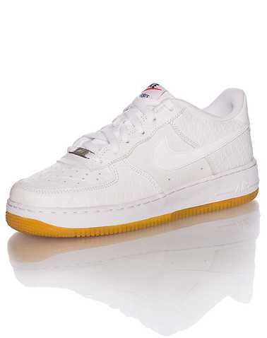 NIKE BOYS White Footwear / Sneakers 6.5Y