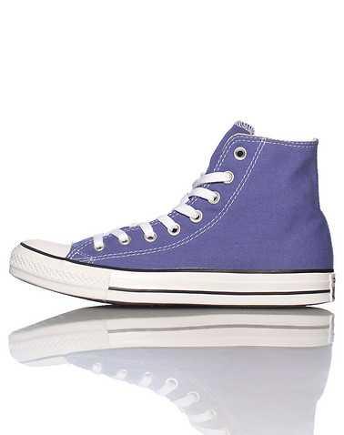 CONVERSE WOMENS Purple Footwear / Casual 5