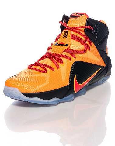 NIKE MENS Orange Footwear / Sneakers