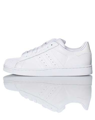 adidas BOYS White Footwear / Sneakers 3.5
