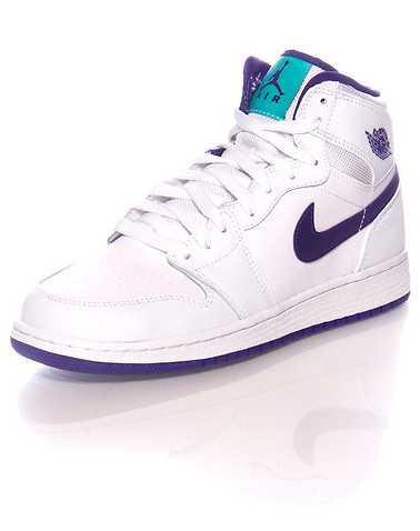 JORDAN GIRLS White Footwear / Basketball 6Y