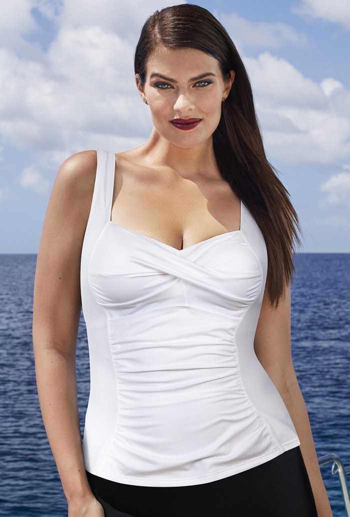 Blanco Twist-Front Top