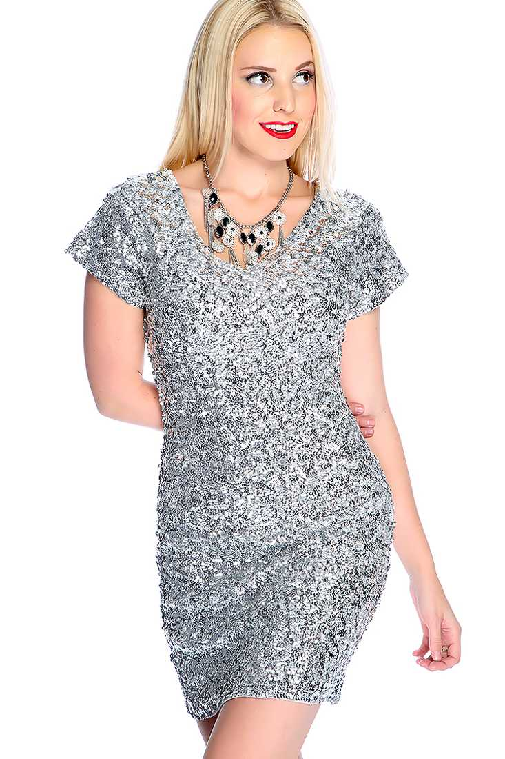 Sexy Silver V-neck Short Sleeve Sequins Party Dress