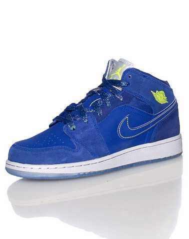 JORDAN BOYS Blue Footwear / Sneakers