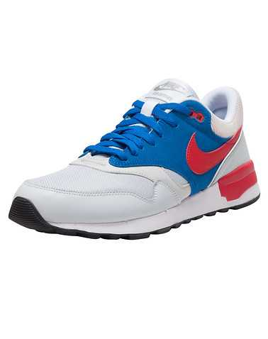 NIKE MENS Blue Footwear / Sneakers