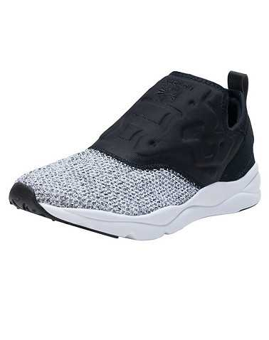 REEBOK WOMENS Black Footwear / Sneakers