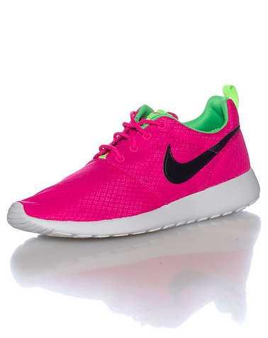 NIKE GIRLS Pink Footwear / Running 4Y
