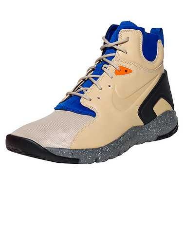 NIKE SPORTSWEAR MENS Natural Footwear / Boots