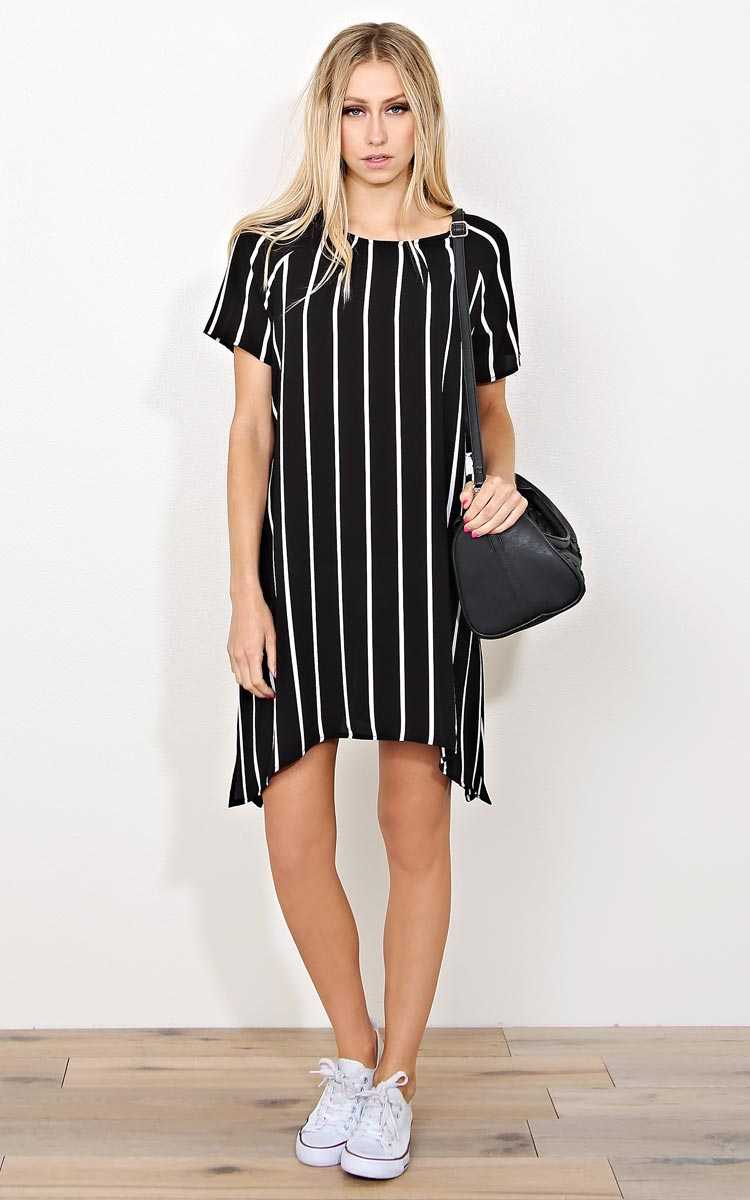 Taking Sides Woven Crepe Dress - - Black/White in Size by Styles For Less