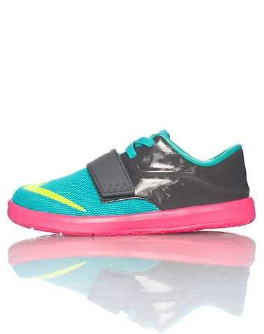 NIKE GIRLS Medium Green Footwear / Sneakers 9C
