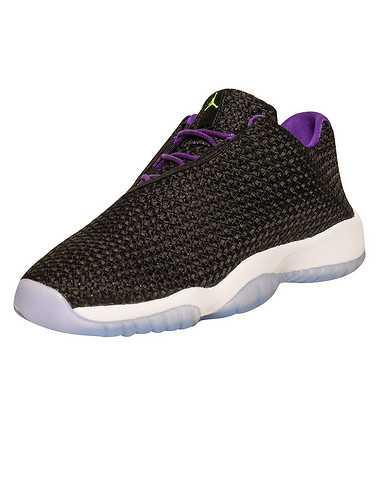 JORDAN GIRLS Black Footwear / Basketball 5.5Y