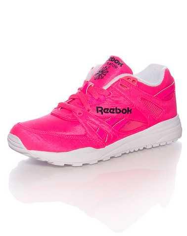 REEBOK WOMENS Pink Footwear / Sneakers 6
