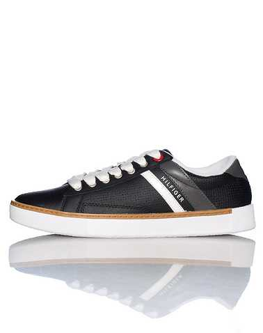 TOMMY HILFIGER MENS Black Footwear / Casual 10