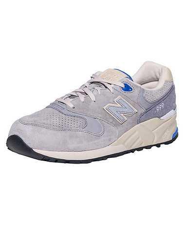 NEW BALANCE MENS Grey Footwear / Sneakers 9