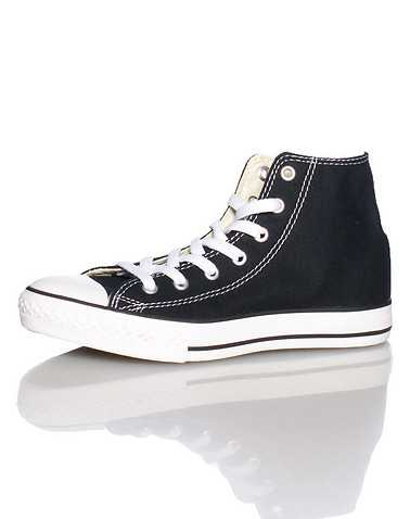 CONVERSE BOYS Black Footwear / Casual
