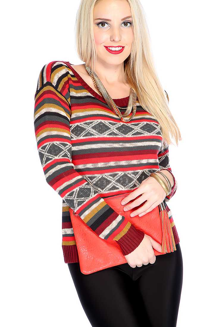 Burgundy Red Long Sleeves Two Tone Strappy Pattern Round Neckline Sweater