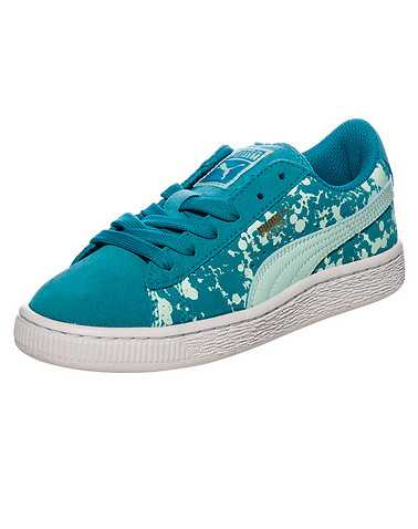 PUMA BOYS Green Footwear / Sneakers