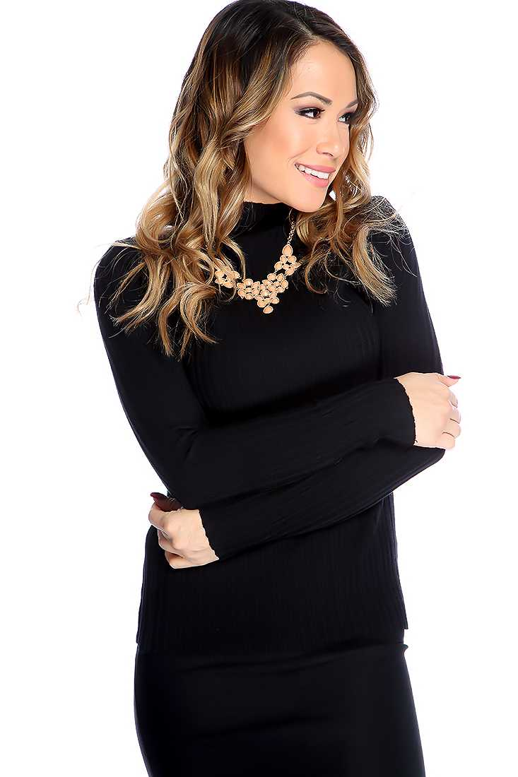 Black Long Sleeves Mock Neckline Textured Pattern Sweater