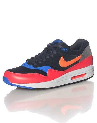 NIKE SPORTSWEAR MENS Multi-Color Footwear / Sneakers