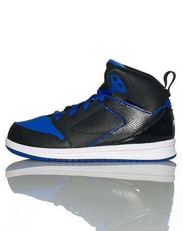 JORDAN BOYS Black Footwear / Sneakers 3Y