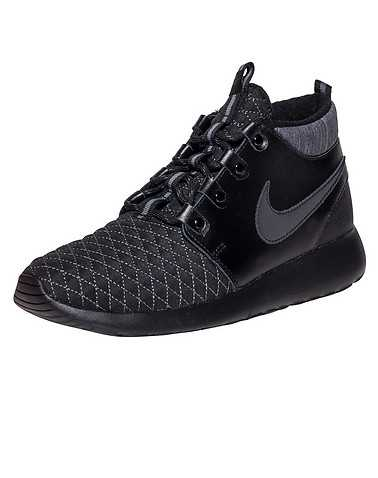 NIKE GIRLS Black Footwear / Boots 6Y