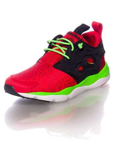 REEBOK BOYS Red Footwear / Sneakers 4.5