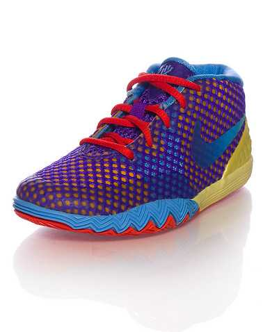 NIKE BOYS Multi-Color Footwear / Sneakers 4C