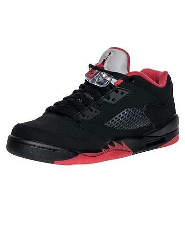 JORDAN BOYS Black Footwear / Sneakers 5Y