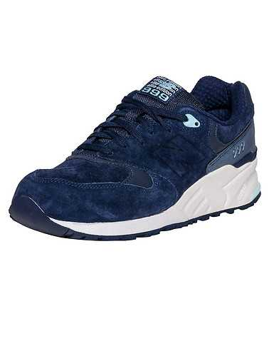 NEW BALANCE WOMENS Navy Footwear / Sneakers