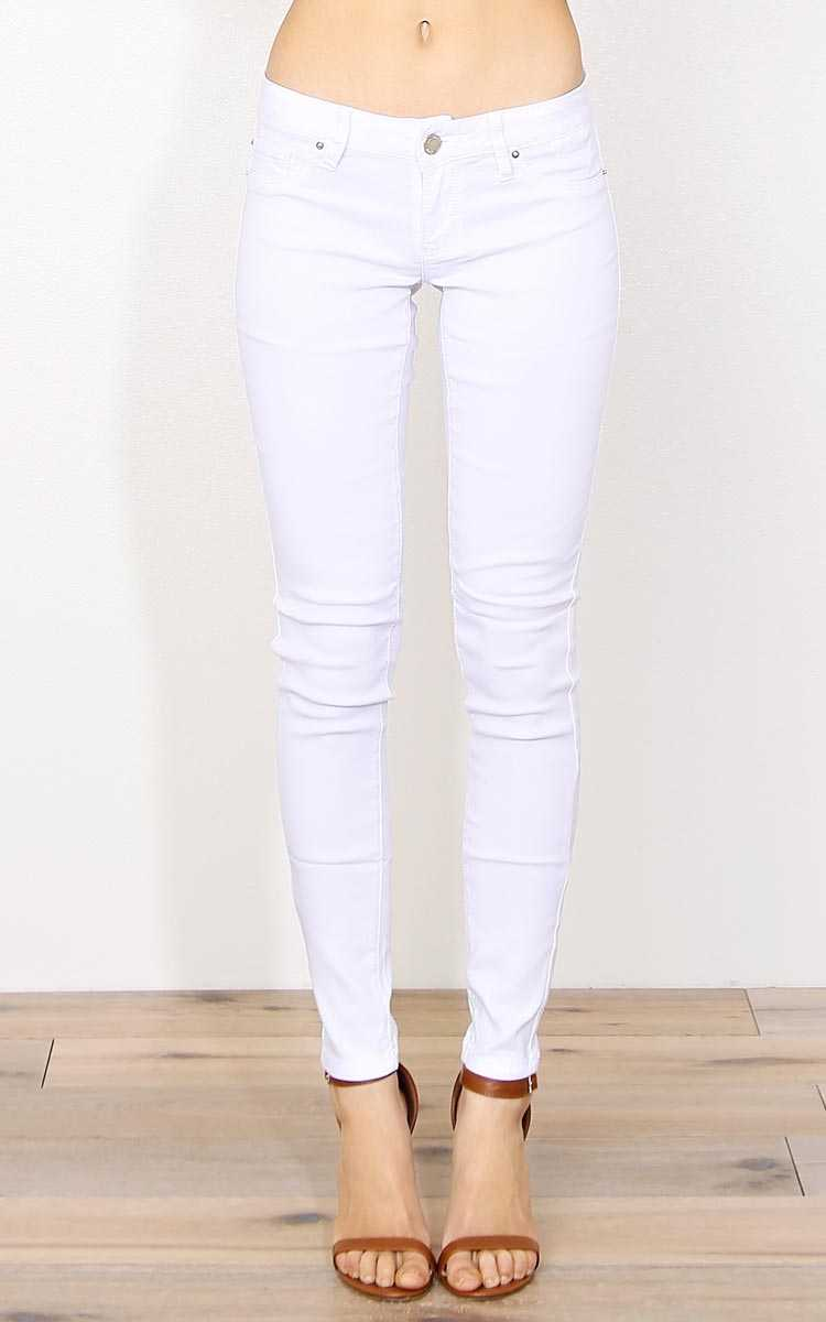 YMI Hyperstretch Crisp Jeggings - White in Size by Styles For Less