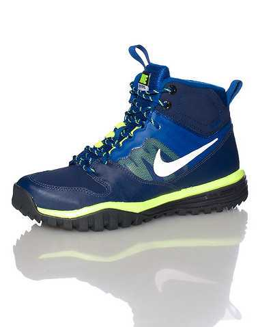 NIKE BOYS Blue Footwear / Boots 4Y