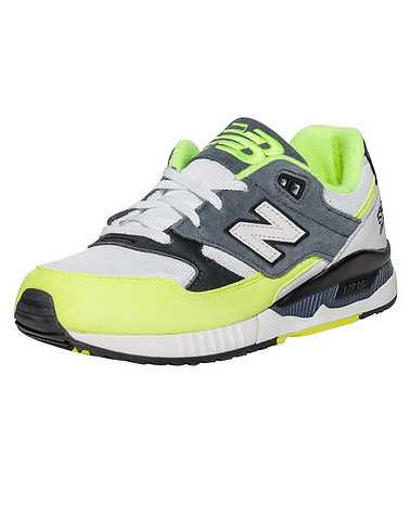 NEW BALANCE WOMENS Yellow Footwear / Sneakers