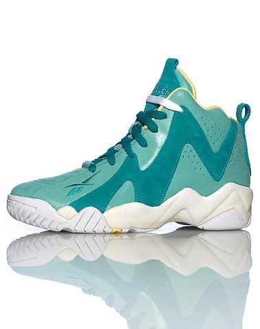 REEBOK BOYS Green Footwear / Sneakers 6