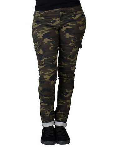 ESSENTIALS WOMENS Green Clothing / Bottoms