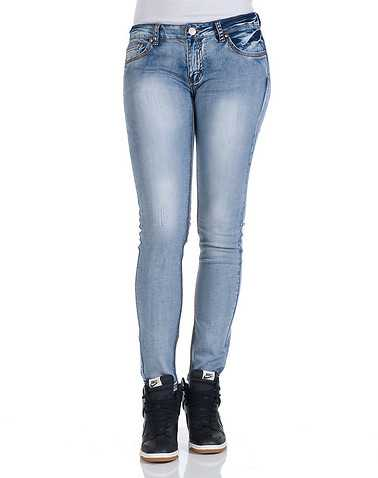 ESSENTIALS WOMENS Blue Clothing / Jeans 3/4