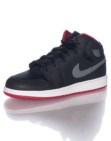 JORDAN BOYS Black Footwear / Sneakers 6Y