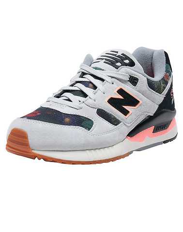 NEW BALANCE WOMENS Grey Footwear / Sneakers