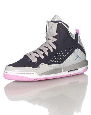 JORDAN BOYS Purple Footwear / Sneakers 5Y