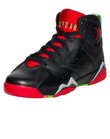 JORDAN BOYS Black Footwear / Sneakers 4Y