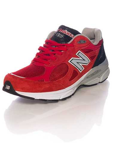NEW BALANCE MENS Red Footwear / Sneakers 10.5
